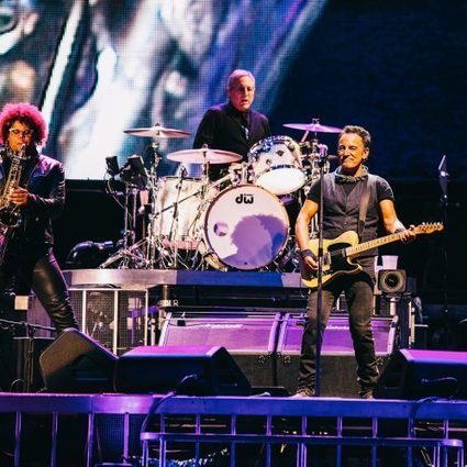 Another record-breaking night in New Jersey - Bruce Springsteen Official Site | Bruce Springsteen | Scoop.it
