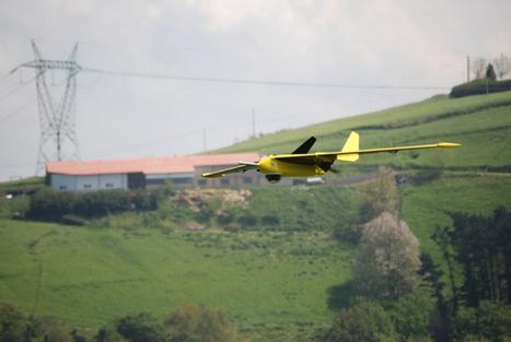 EDF va utiliser un drone volant pour surveiller les panneaux solaires   Le groupe EDF   Scoop.it