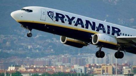 Des passagers furieux se révoltent dans un avion de Ryanair - FRANCE 24 | Le métier d'hôtesse de l'air | Scoop.it