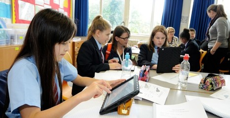 Mobile devices in schools - The debate continues | Digital TSL | Scoop.it