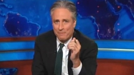 Jon Stewart: The real scandal is feds' 'criminal idiocy' when it comes to handling email | Daily Crew | Scoop.it