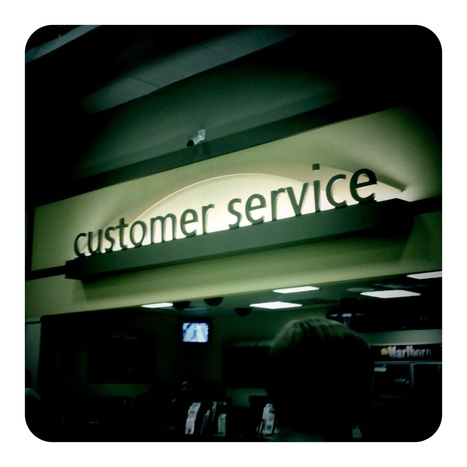 Social Service Desk - The Future of Call Centres? (Part I) | Yammer Blog | Social in the Workplace | Scoop.it