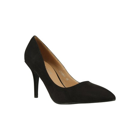 Faux Suede Pointed Toe Court Shoe | Celebrity Style | Scoop.it