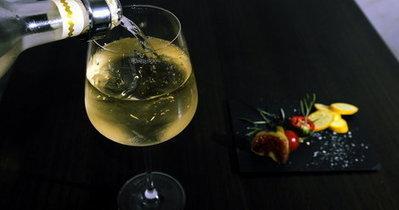 Les vins blancs rhodaniens se font une place | Le Vin et + encore | Scoop.it