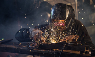 HR Gets Creative to Hire Manufacturing Workers | Manufacturing Jobs & Workforce Today | Scoop.it