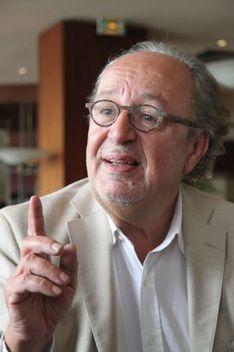 Michel Lafon: « Je vais baisser le coût du livre en Afrique » | BiblioLivre | Scoop.it