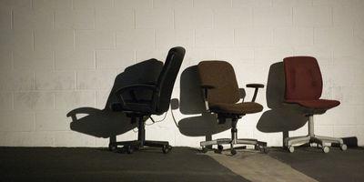 Travailler assis sans y laisser sa vie | Bien dans son job | Scoop.it