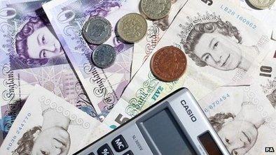 Company bosses 'earn 120 times more' | Microeconomics (Bramcote College A-Level Economics AQA) | Scoop.it