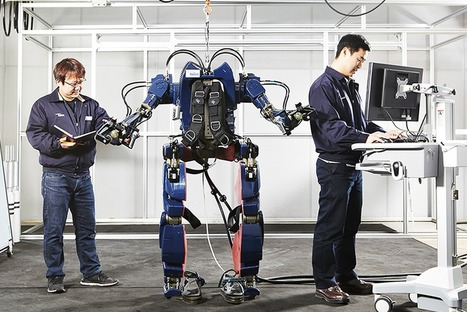 Hyundai's new wearable robot turns you into a mech pilot | Post-Sapiens, les êtres technologiques | Scoop.it