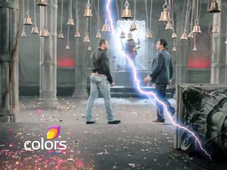 We Bet, You Can't Miss This: Salman-Shahrukh Khan's Bigg Boss 9 Promo - VIDEO - Filmibeat | Celebrity Entertainment News | Scoop.it