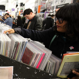 Record Store Day Sales Reach New High | Music News | Rolling Stone | The music industry in the digital context | Scoop.it