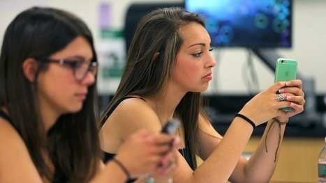 Smartphones in the classroom: a teacher's dream or nightmare? | Readnlearn | Scoop.it