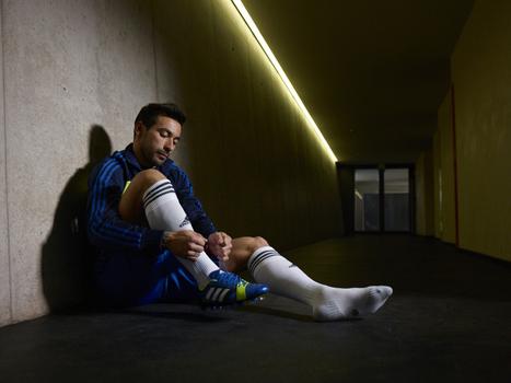 Nitrocharge, les nouvelles paires de crampons Adidas   Coté Vestiaire - Blog sur le Sport Business   Scoop.it