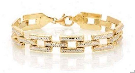 GOLD BRACELETS WITH STONES INDIAN GOLD JEWELRY GIRLS BE READY FOR THAT | Style360fashion | clothing and fashion new designs | Scoop.it