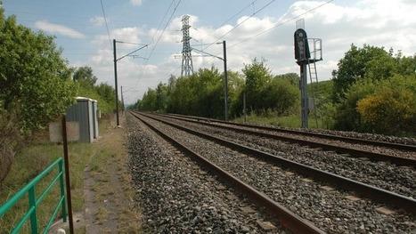 Elle tente de prendre un selfie au bord d'une voie ferrée et meurt, happée par un train | digitalcuration | Scoop.it