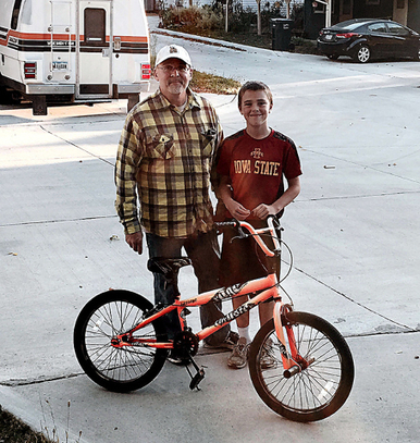 Nevada man links past to present by teaching children to repair bikes - Ames Tribune | Teaching, Learning, Growing | Scoop.it
