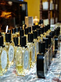 Parfums : quand les grands groupes avalent les indépendants | innovative topic | Scoop.it