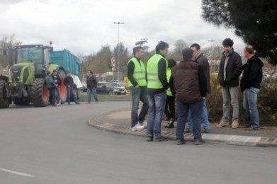 Les producteurs de lait manifestent à Bergerac et Marsac | Agriculture en Dordogne | Scoop.it