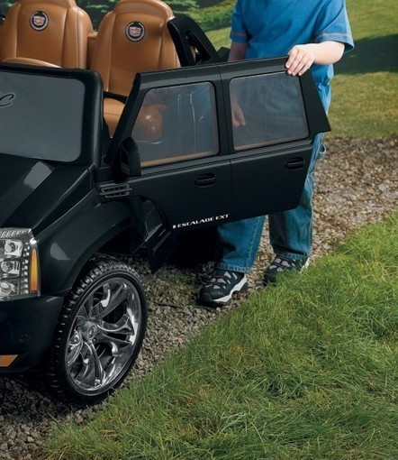 Fisher Price Power Wheels Escalade Review | Around The Farm | Scoop.it