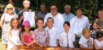 La commune signe pour le « zéro pesticide »   L'écologie politique dans l'Ain   Scoop.it
