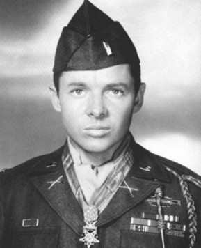 The Man Who Held Off Six Enemy Tanks and Several Waves of Infantry for an Hour By Firing on Them While Standing Atop a Burning Tank | Social Studies | Scoop.it