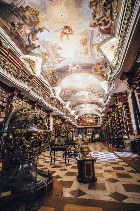 Grandiose Baroque Library in Prague Is a Stunning Kingdom for Books | 建築 | Scoop.it