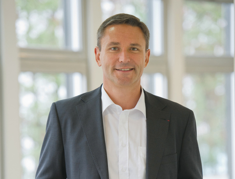 OneWeb Announces Appointment of Eric Beranger | OneWeb | More Commercial Space News | Scoop.it