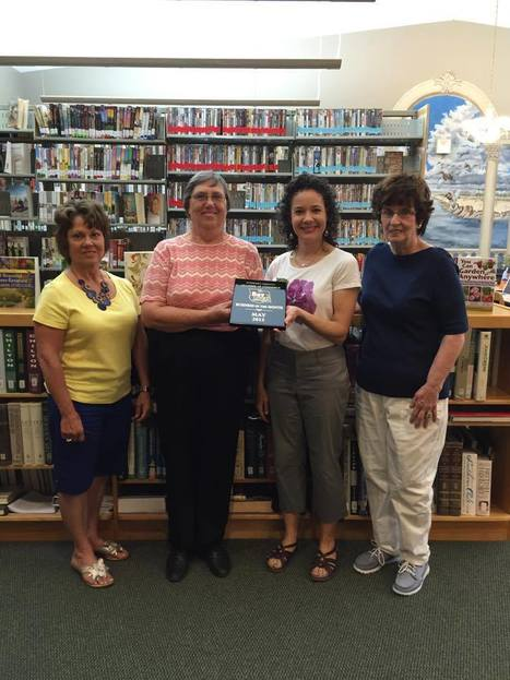 Friends of the Stewart County Public Library receive Dover Chamber of Commerce Business of the Month Award in May | Tennessee Libraries | Scoop.it