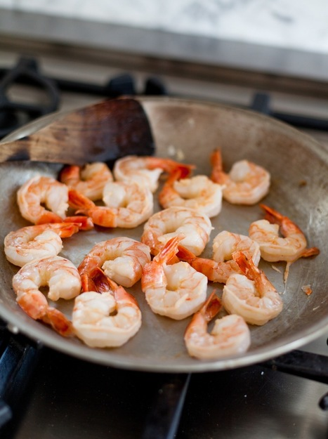 How To Quickly Cook Shrimp on the Stovetop — Cooking Lessons from The Kitchn | ♨ Family & Food ♨ | Scoop.it