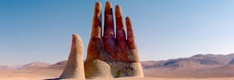 La Main du désert, parmi les sculptures insolites | Actu Tourisme | Scoop.it