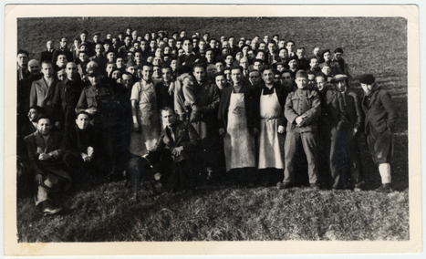 Group portrait of Jewish internees in an unidentified Swiss labor camp. | Archives  de la Shoah | Scoop.it