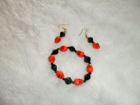 Orange & Black Skull Bracelet Set | Ebay,Etsy,Amazon | Scoop.it