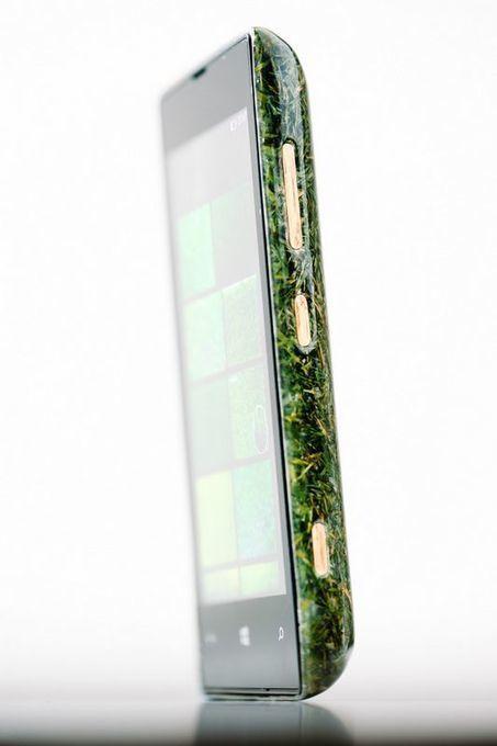 Un smartphone à base d'herbe avec des boutons en bois, ça vous tente? | Innovation - Environnement | Scoop.it