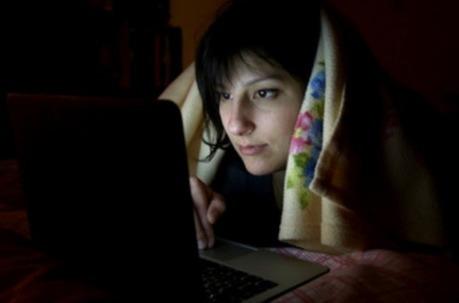 Sommeil : 8 Français sur 10 répondent à leurs textos la nuit | DORMIR…le journal de l'insomnie | Scoop.it