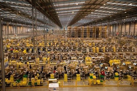 Voici à quoi ressemble un entrepôt Amazon un mois avant Noël | Logistique et Transport GLT | Scoop.it