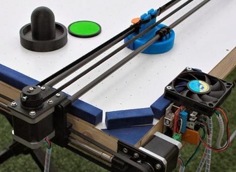 Man converts 3D printer into an air hockey robot | 3D printing | Scoop.it