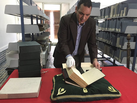 The Delicate Task Of Restoring One Of The World's Oldest Libraries | Reading discovery | Scoop.it