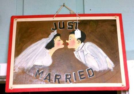 "Vintage Hand-Painted ""Just Married"" Sign 