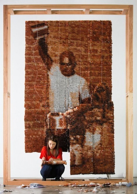 Red Hong Yi Creates Awe-Inspiring #Portrait with 20,000 #Teabags. #art | Luby Art | Scoop.it