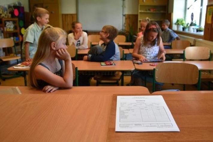 V najvyššie položenej základnej škole na Slovensku rozdali 24 vysvedčení | Poprad Tatry | Scoop.it