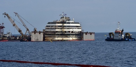 "Costa Concordia : Royal sur place lors du remorquage | Revue de presse ""AutreMent"" 