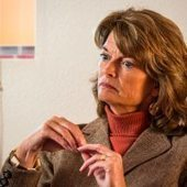 Murkowski crosses aisle to rein in Super PACs influence   Super PACs   Scoop.it