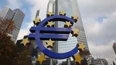 ECB keeps interest rates on hold - FT.com | Europe | Scoop.it