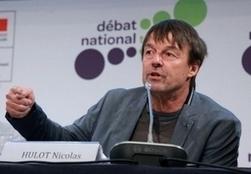 Hulot remet à Le Foll 85.000 signatures en faveur d'une agriculture plus verte   Des 4 coins du monde   Scoop.it