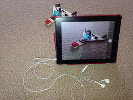 Using headphones to take photos with iPad or iPhone - Dave Foord's Weblog | Educational Technology | Scoop.it