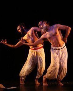 The Dance History Column by Ashish Mohan Khokar - Purush: Male Moves through the century | male dancers of bharatanatyam | Scoop.it