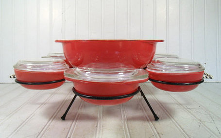 Pyrex Entertaining Set | Antiques & Vintage Collectibles | Scoop.it