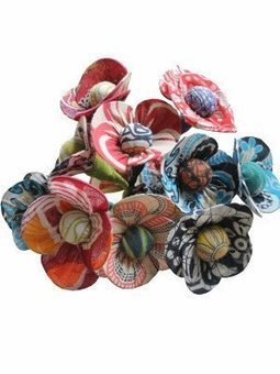 Recycled Sari Flowers | Recycled Crafts | Scoop.it