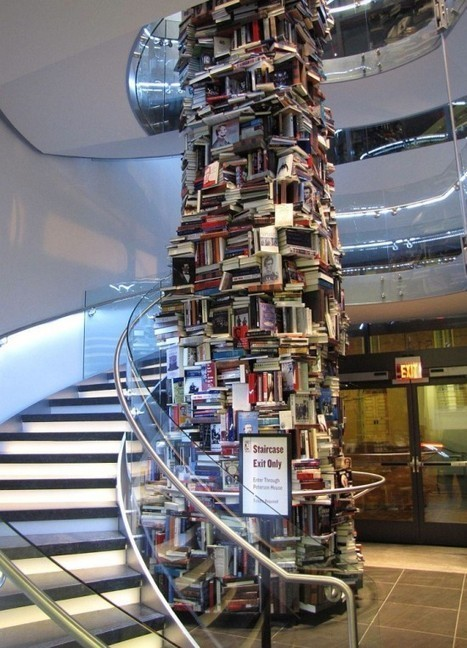 Skyscraping Tower of Books | Fubiz™ | FASHION & LIFESTYLE! | Scoop.it