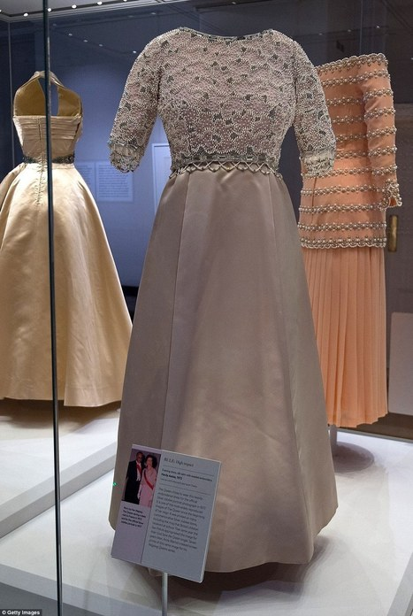 Princess Diana's glamorous gowns are unveiled to the public | CLOVER ENTERPRISES ''THE ENTERTAINMENT OF CHOICE'' | Scoop.it